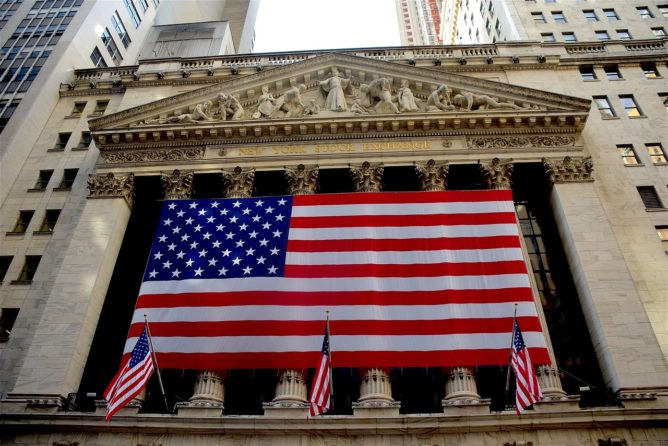 米国債券(AGG)